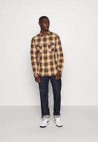 Diesel - D-MACS - Straight leg jeans - rinsed denim - 1