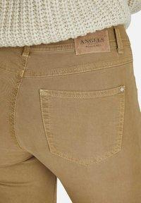 Angels - ORNELLA - Slim fit jeans - braun - 6