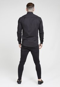 SIKSILK - SIKSILK LONG SLEEVE SMART SHIRT - Overhemd - black - 2