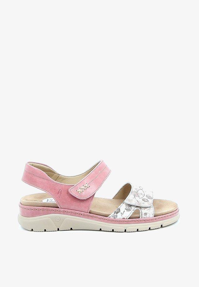 RAFIK - Sandalen met sleehak - pink