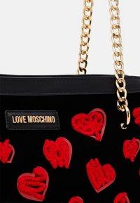 Love Moschino - Handtas - black - 5