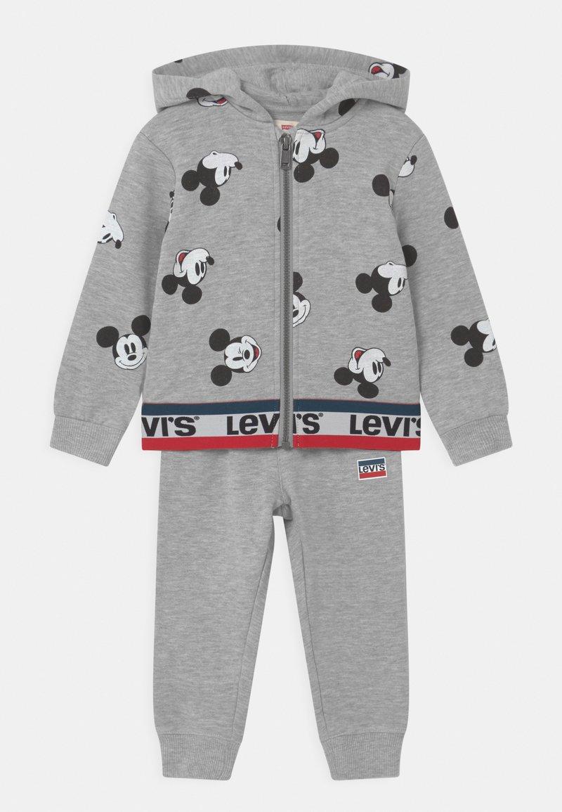 Levi's® - MICKEY MOUSE ZIP UP SET UNISEX - Tracksuit - grey