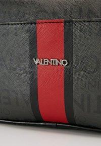 Valentino Bags - JORAH - Necessär - black - 2