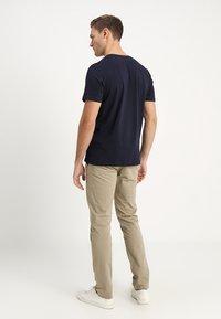 TOM TAILOR - LOGO TEE - Print T-shirt - navy blue - 2