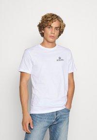YOURTURN - UNISEX TEE  - T-shirt med print - white - 0
