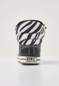 British Knights - ATOLL - High-top trainers - zebra/black - 4