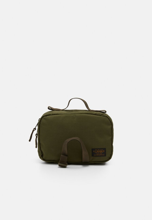 RIPSTOP TRAVEL PACK - Toiletti-/meikkilaukku - surplus green
