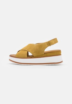 LEATHER - Sandały na platformie - brown