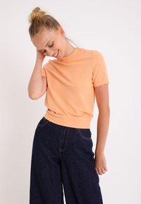 Pimkie - Camiseta básica - orange - 0