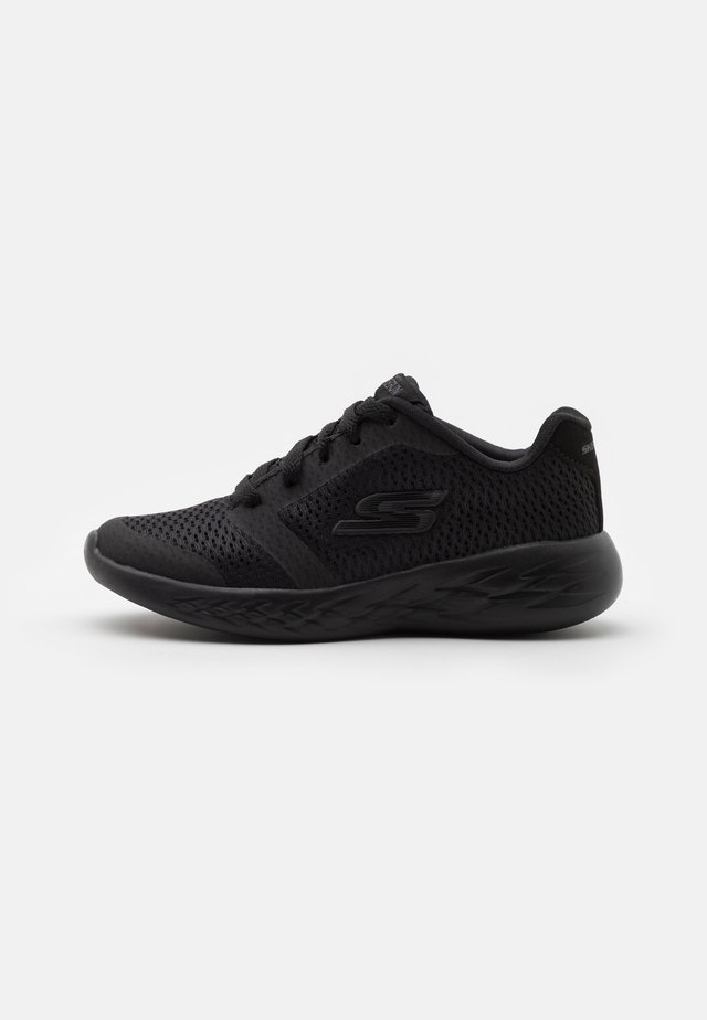 GO RUN 600 ZEETON UNISEX - Scarpe running neutre - black