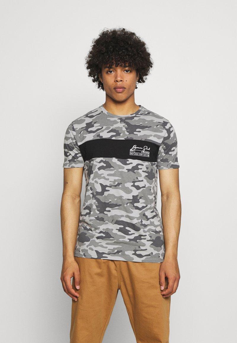 Brave Soul - GECKO - Print T-shirt - grey/ jet black/optic white