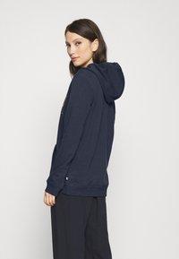 Roxy - RIGHT ON TIME - Jersey con capucha - mood indigo - 2