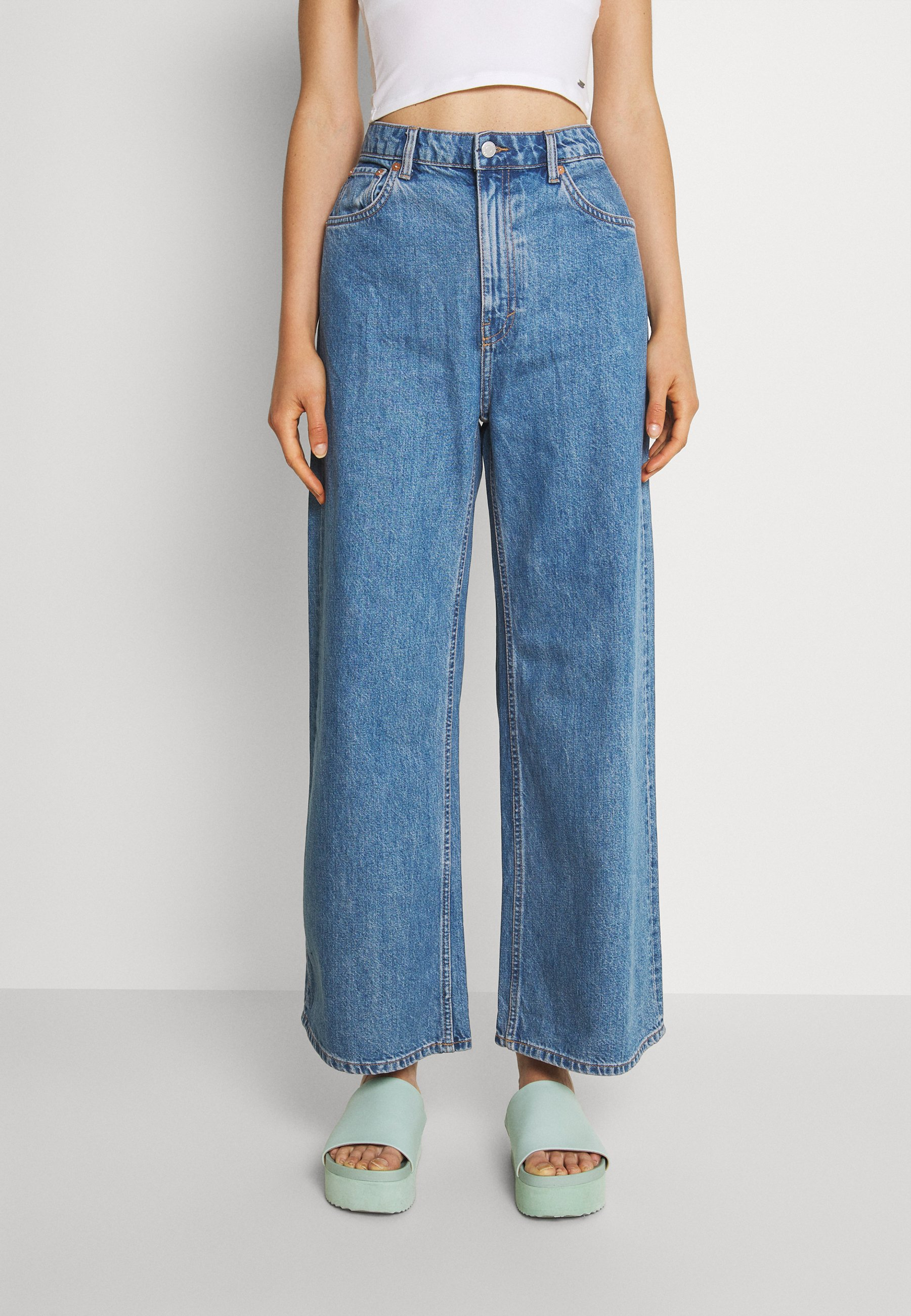 Women ACE - Flared Jeans