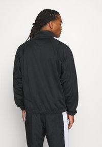 Nike Sportswear - Chaqueta fina - black - 2