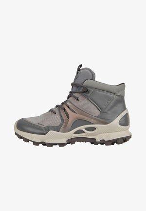 BIOM C-TRAIL W MID GTX - Walking shoes - titanium/wild dove