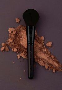 Luvia Cosmetics - PRIME VEGAN PRO BLACK EDITION - Kit pennelli - - - 8