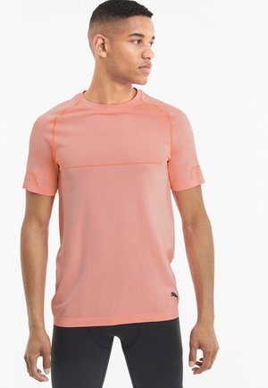 ENERGY SEAMLESS - Basic T-shirt - nrgy peach heather