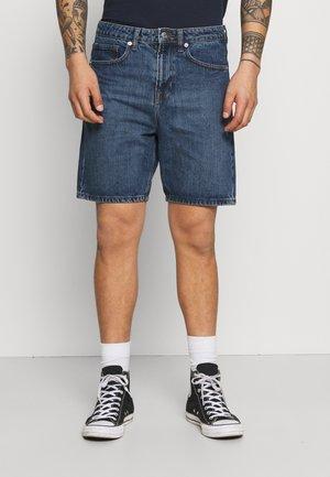 CLASSIC DAD - Denim shorts - dark wash
