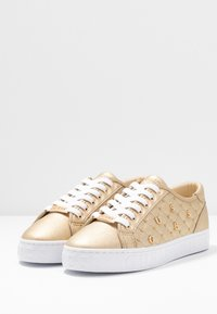 Guess - GLADISS - Baskets basses - platin - 4