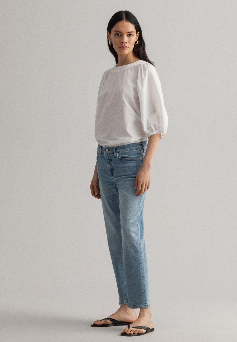 GANT - Relaxed fit jeans - light blue vintage