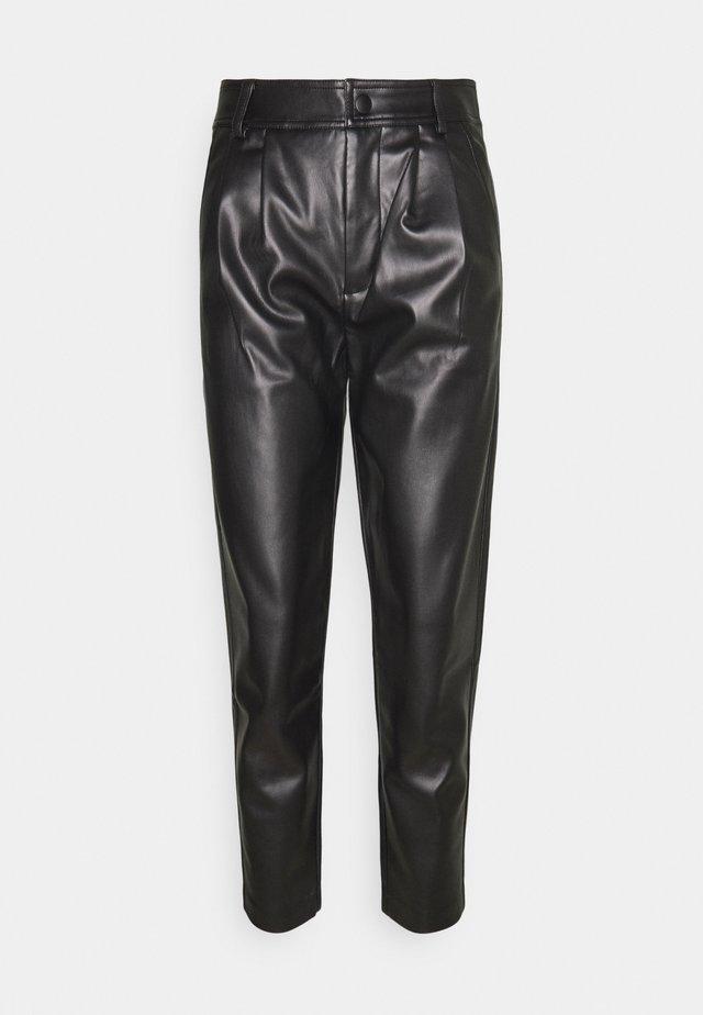 FQHARLEY ANKLE - Trousers - black