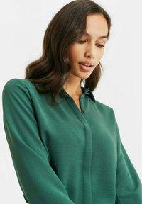 WE Fashion - Button-down blouse - green - 4