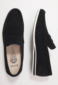 Burton Menswear London - FLETCH LOAFER - Nazouvací boty - navy - 1