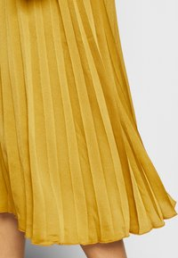 King Louie - DANNA PLISSE DRESS GINTY - Cocktail dress / Party dress - curry yellow - 5