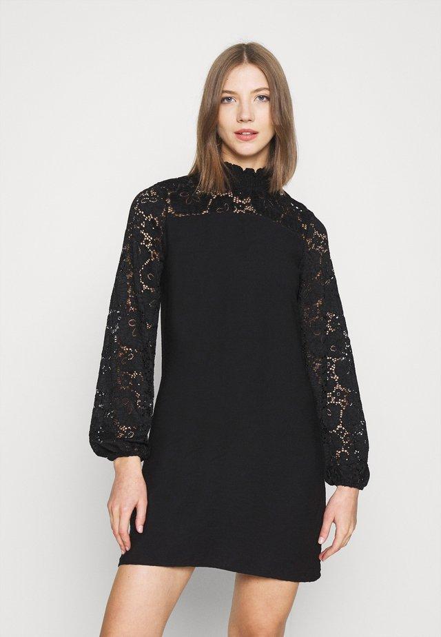 PCRAITA DRESS - Vestito estivo - black