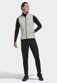 adidas Performance - TERREX AGRAVIC XC - Waistcoat - grey - 1