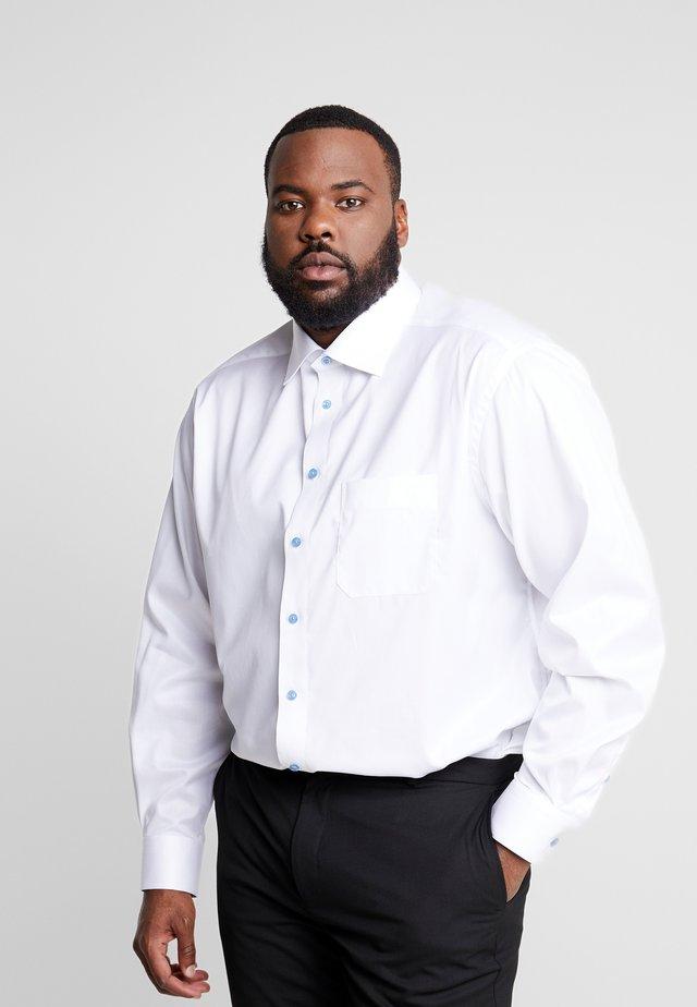 BIG & TALL - Camicia elegante - white