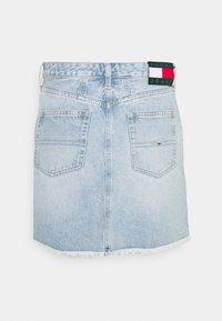 Tommy Jeans - SHORT SKIRT - Jupe en jean - blue denim - 6