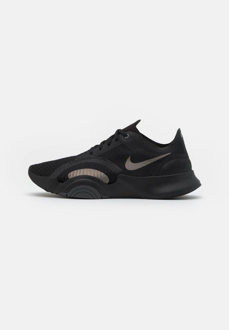 Nike Performance - SUPERREP GO - Zapatillas de entrenamiento - black/metallic pewter/iron grey