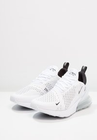 Nike Sportswear - AIR MAX 270 - Sneaker low - white/black - 1