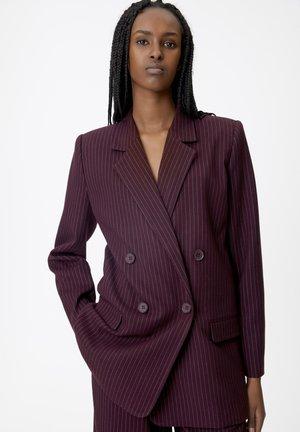 ESIAGZ - Short coat - bordeaux pinstripe