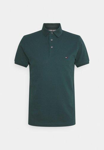 1985 SLIM - Polo shirt - mystic lake