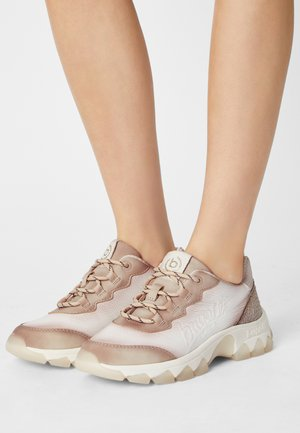 YUKI - Trainers - beige/white