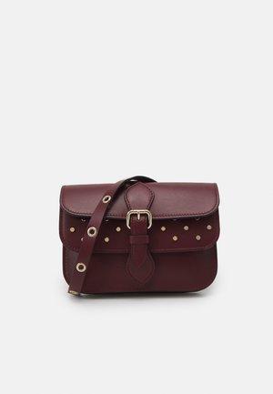 POUCH - Across body bag - burgundy
