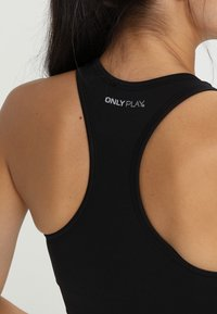 ONLY Play - ONPDAISY SEAMLESS BRA - Sports bra - black - 5