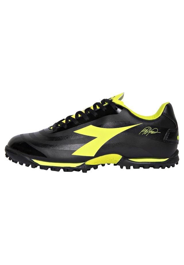 Scarpe da calcetto con tacchetti - c0004 - nero-giallo fluo diadora
