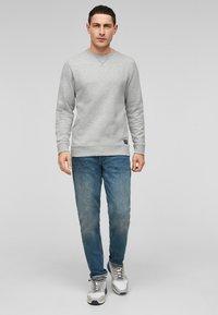 QS by s.Oliver - IM MELANGE-LOOK - Sweatshirt - grey melange - 1