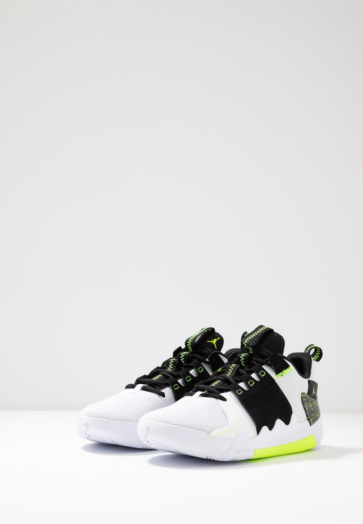 Jordan Basketballschuh - white/volt/black/weiß - Herrenschuhe 0pwn5