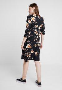 Vero Moda - VMREEDA V NECK DRESS - Day dress - navy blazer - 2