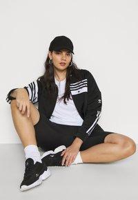 adidas Originals - CATHARI - Kurtka wiosenna - black - 3