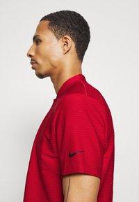 Nike Golf - DRY SPEED - Koszulka sportowa - gym red/white - 3
