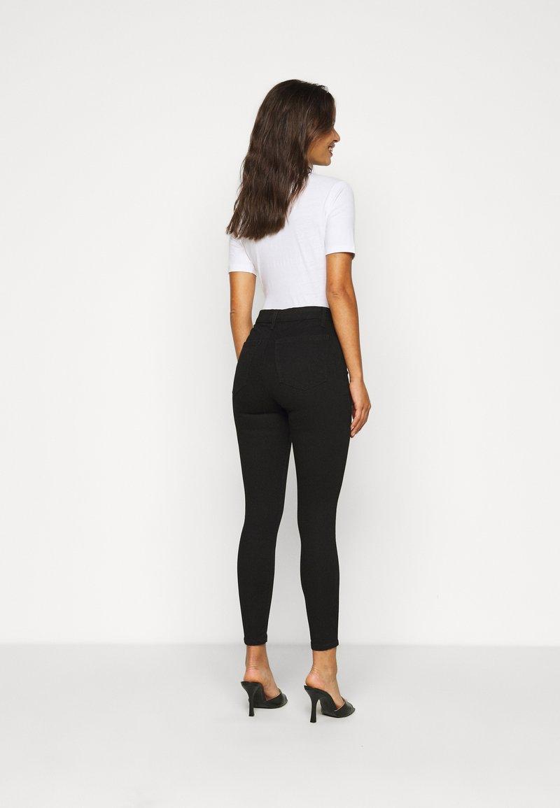 Topshop Petite JONI CLEAN - Jeans Skinny Fit - black/schwarz BHW3Kv