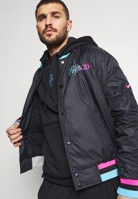 Nike Performance - NBA MIAMI HEAT CITY EDITION JACKET - Club wear - black - 4