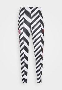 adidas Performance - MANCHESTER UNITED  - Tracksuit bottoms - white/black - 5