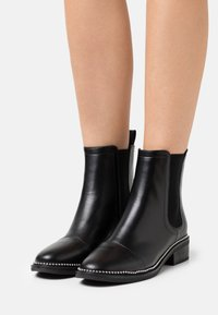 RAID Wide Fit - WIDE FIT  - Classic ankle boots - black - 0