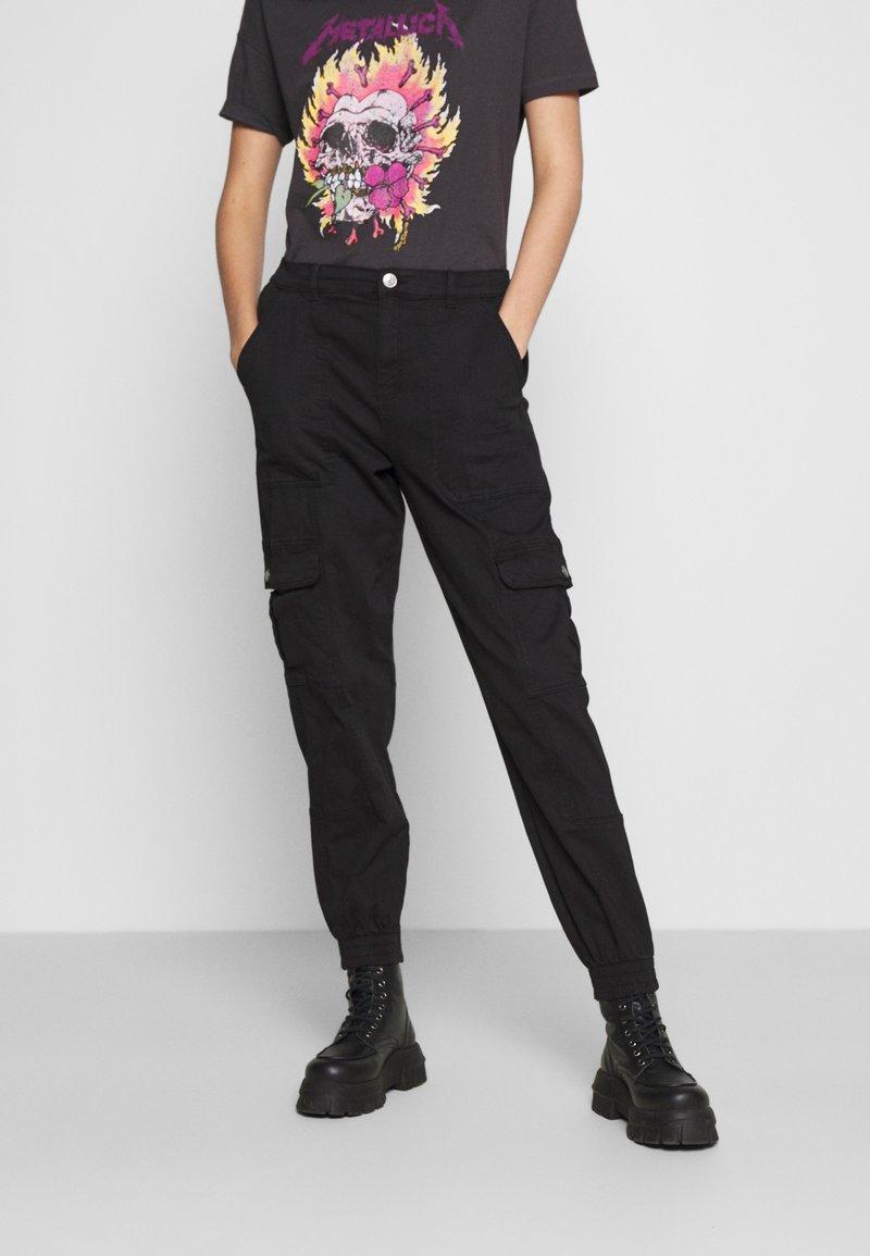 ONLY - ONLGIGI CARRA LIFE  - Pantaloni cargo - black